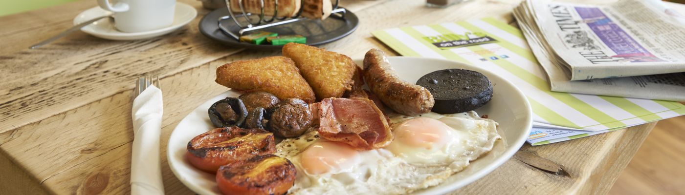 Breakfast at Billys Diner in Billingshurst