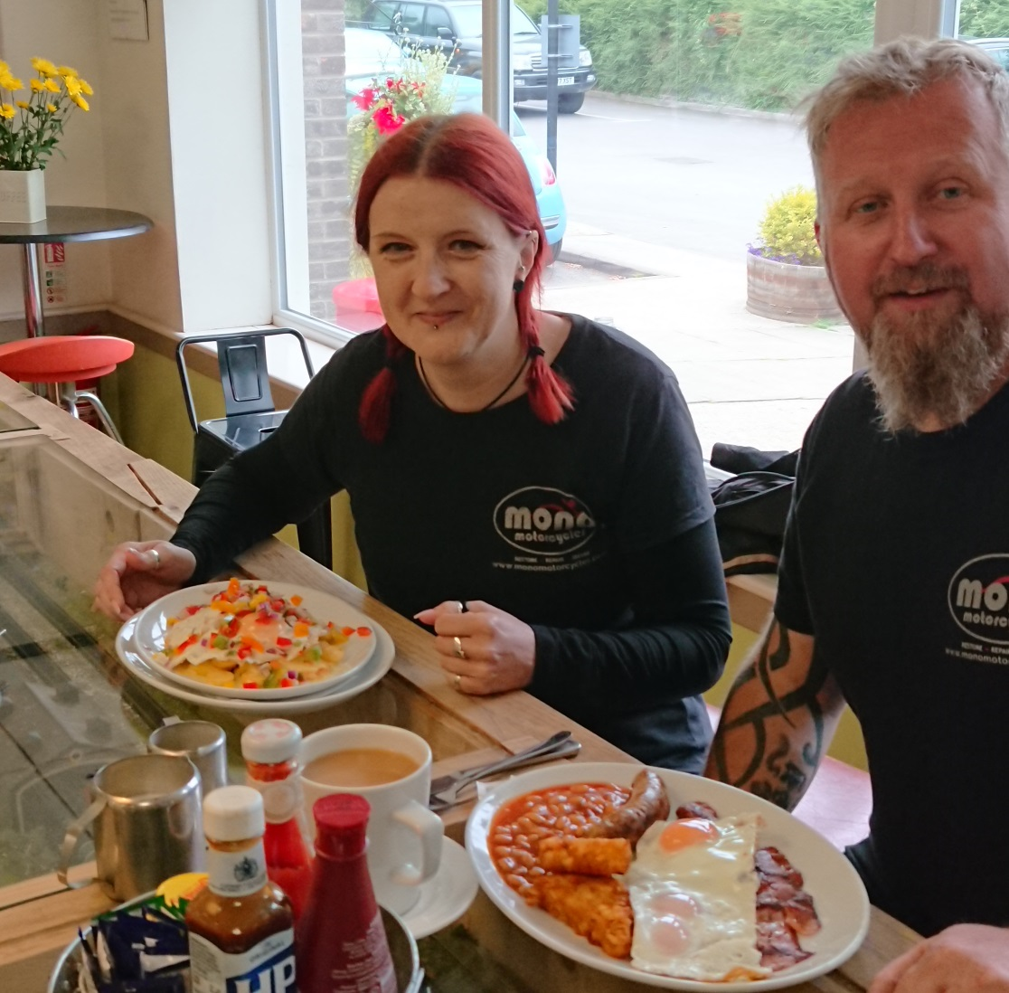 Daniel and Katy from Mono Motorcycles enjoy breakfast at Billy's